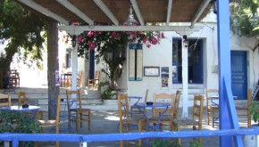 "Little ""Omonia"" Cafe in Aegiali"